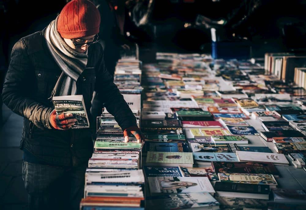 książki - targ